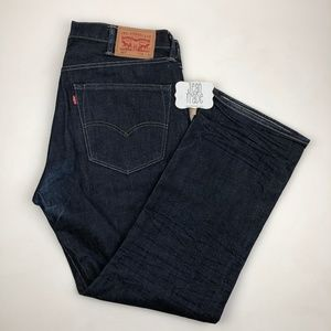 NWOT Men's Levi's 501 Boot Jean